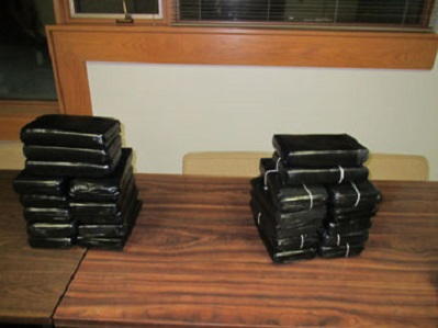 Illinois State Police seize 25 Kilograms of Cocaine & Heroin on Interstate 80