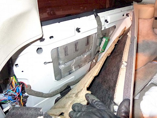 Border Patrol Agents Stop a Volvo with over 36 pounds of Cocaine